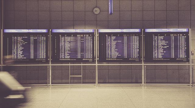 airport 594208 640