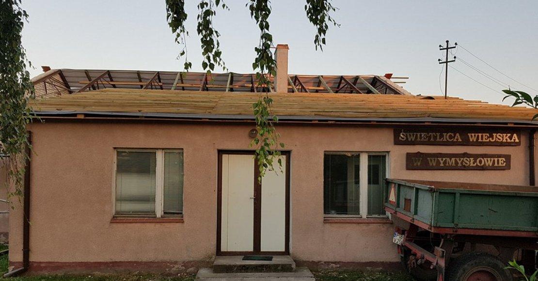 W Wymysłowie remontują dach świetlicy (foto)