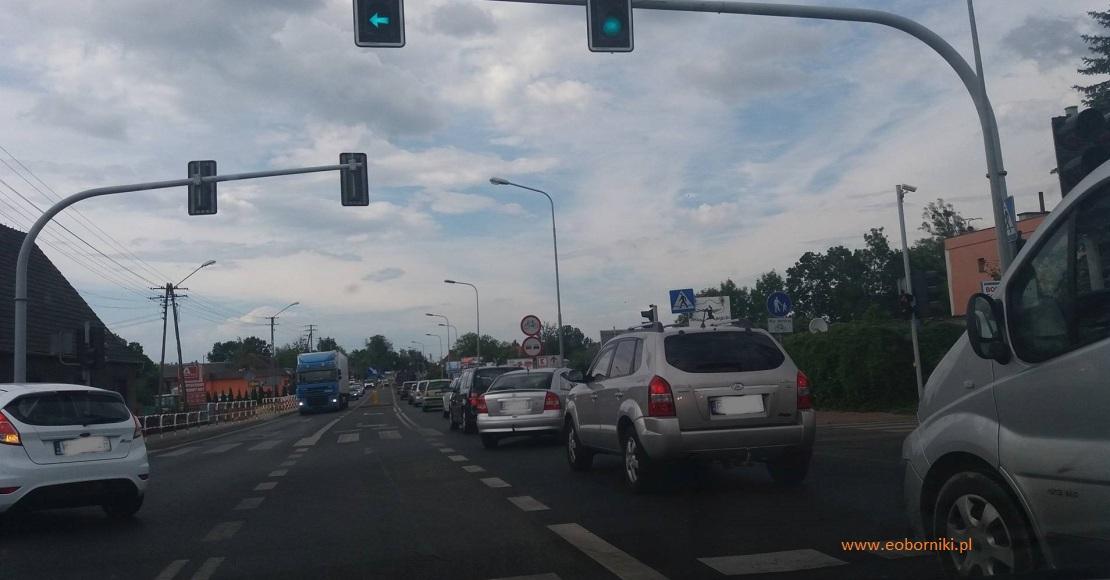 Kolizja na skrzyżowaniu DK11 i ul. Komunalnej! Korki!