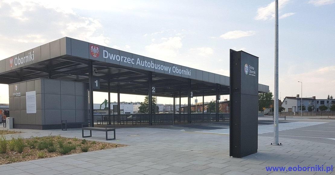 Jest dworzec autobusowy. Co z poczekalnią? (foto+film)