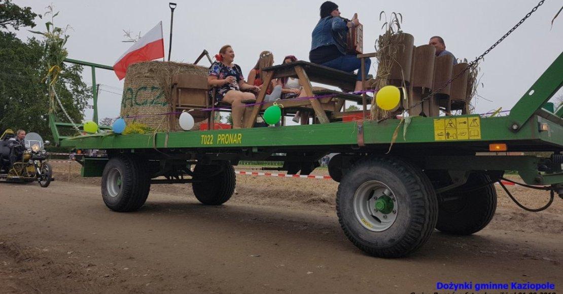 Parada maszyn rolniczych w Kaziopolu (film)