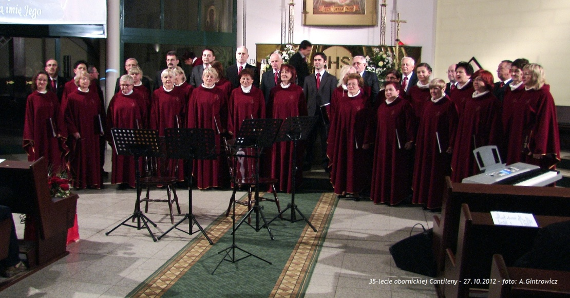 Koncert pieśni patriotycznych z Cantileną
