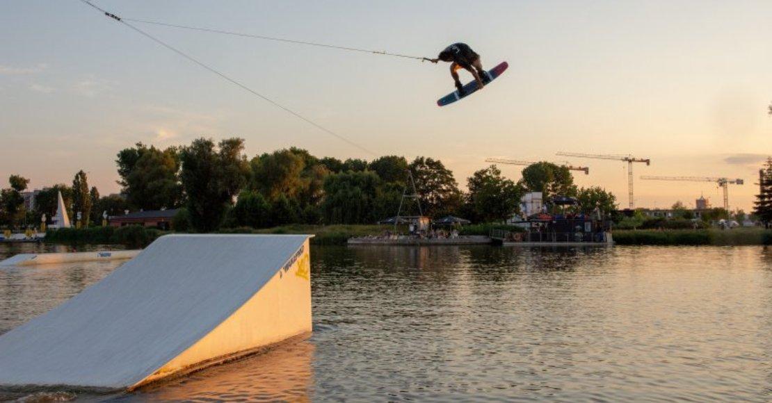 Mateusz Wawrzyniak z kolejnymi suckesami w wakeboardingu
