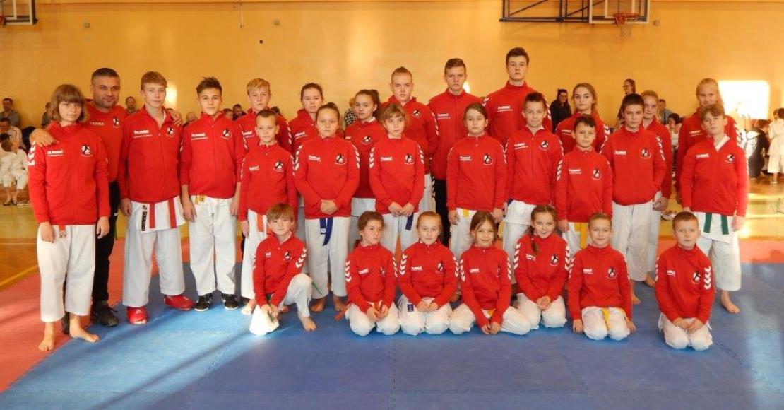 Grad medali i 5 powołań do reprezentacji Polski dla Karate Team Oborniki