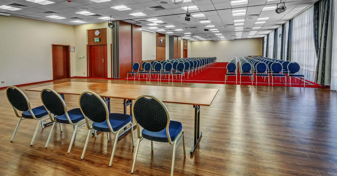 Jak zorganizować udane konferencje i szkolenia poza MTP?