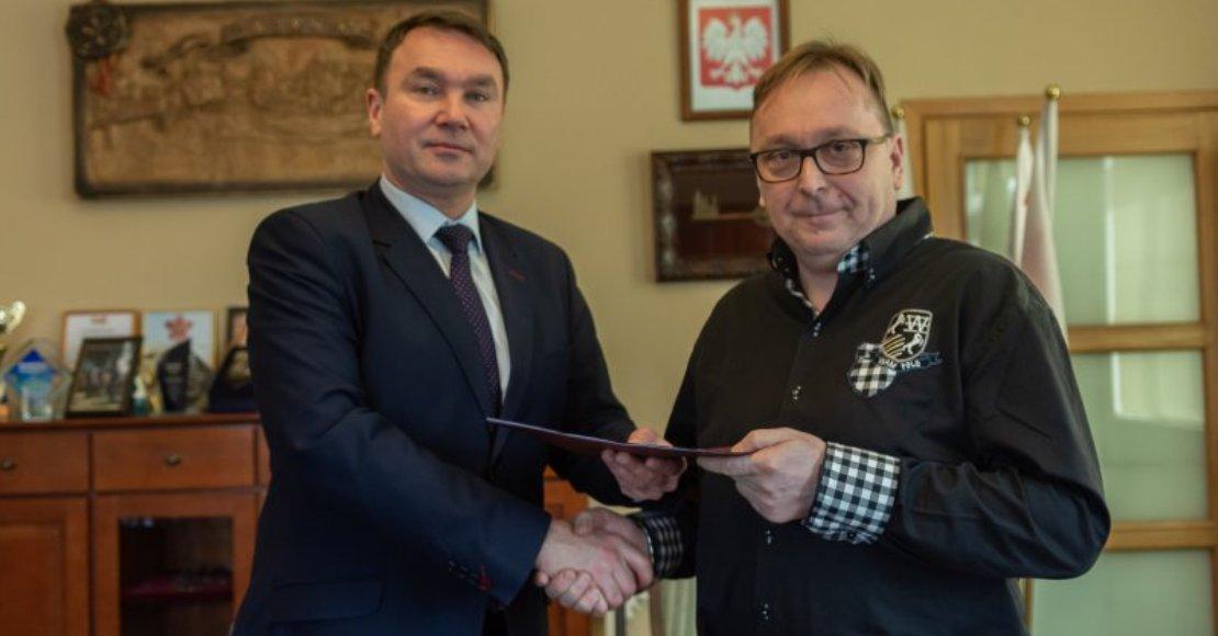 ANMAK wybuduje drogę dojazdową do Łazienek