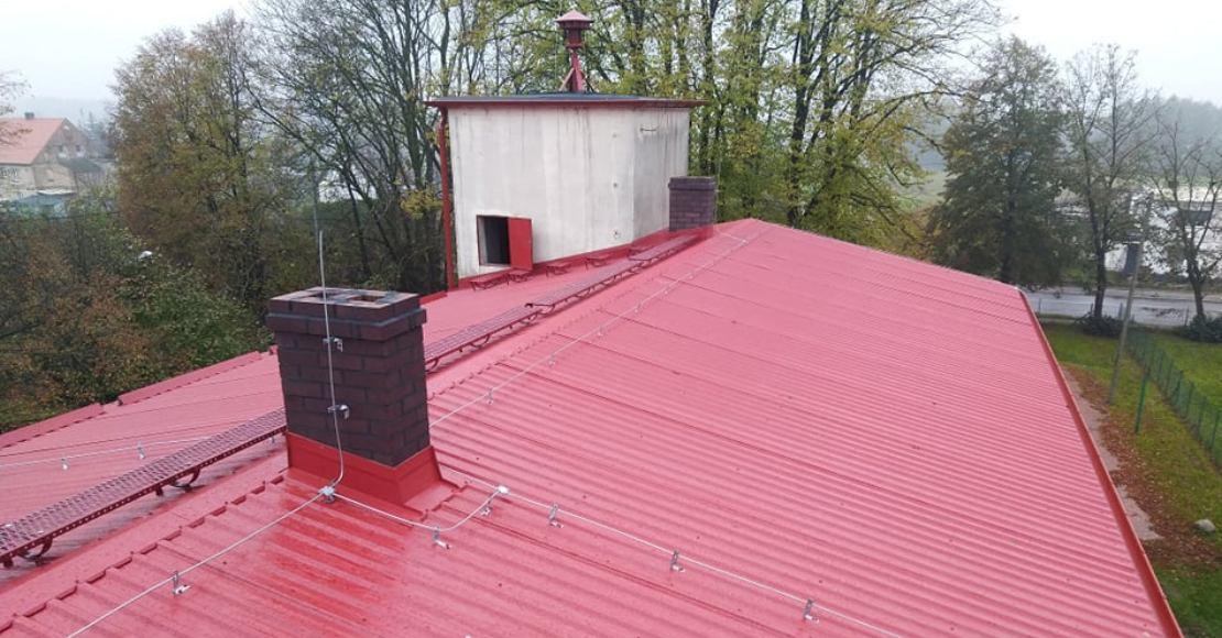 Mieszkańcy Ninina doczekali się remontu dachu świetlicy (film)