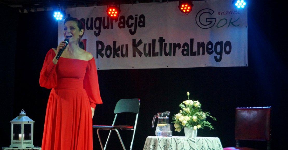 Występem Olgi Bończyk zainaugurowano nowy rok kulturalny w Ryczywole (foto)