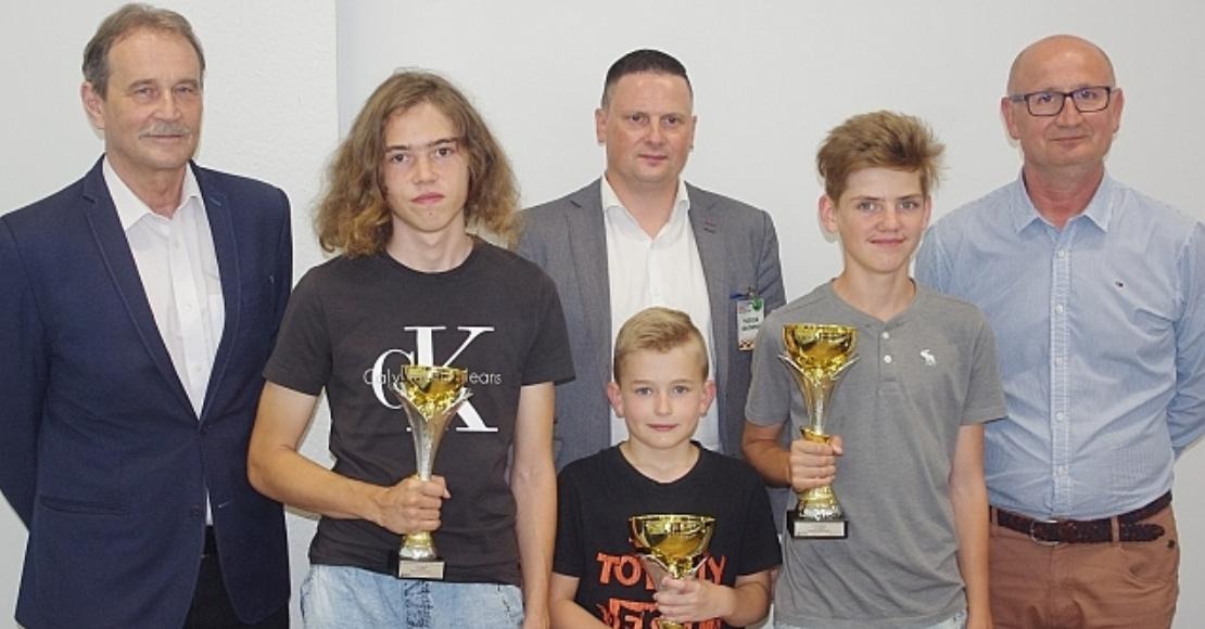 Adrian Kurz zwycięzcą Turnieju Szachowego