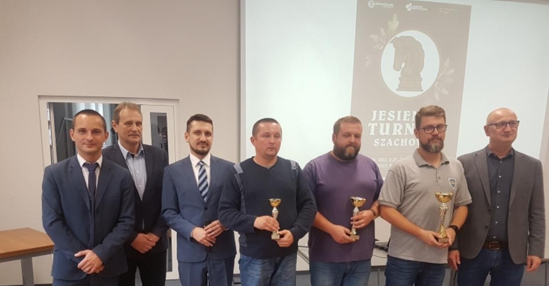 Jesienny Turniej Szachowy dla Olejarczyka i Głuszyńskiego