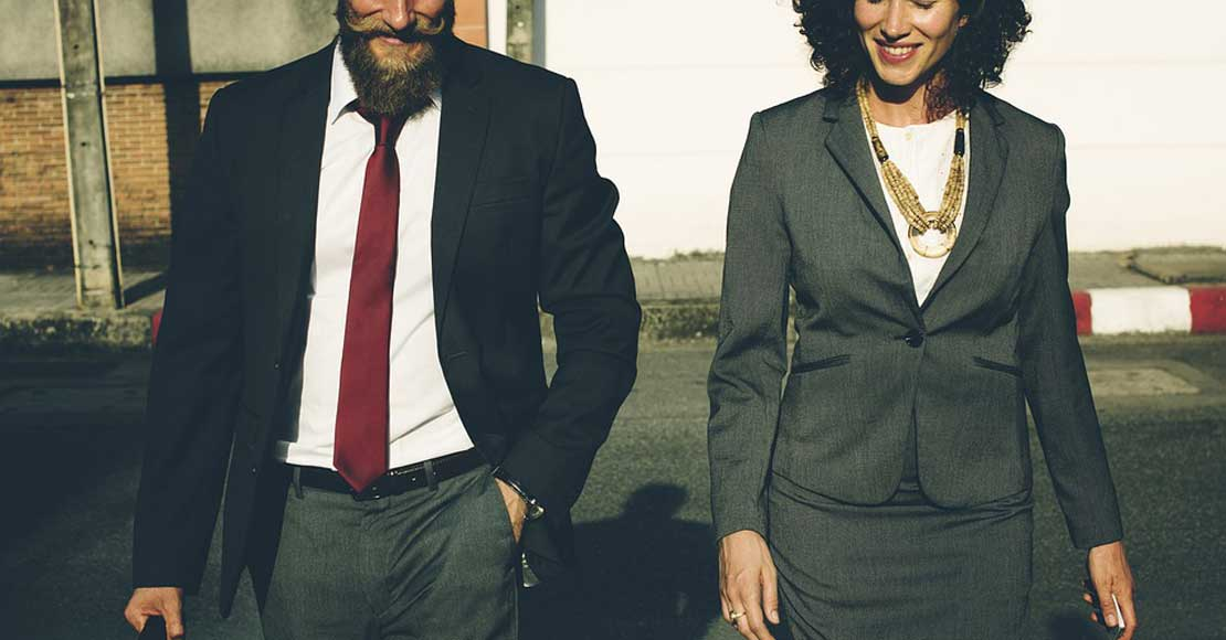 Jak ubierać się do pracy w biurze?