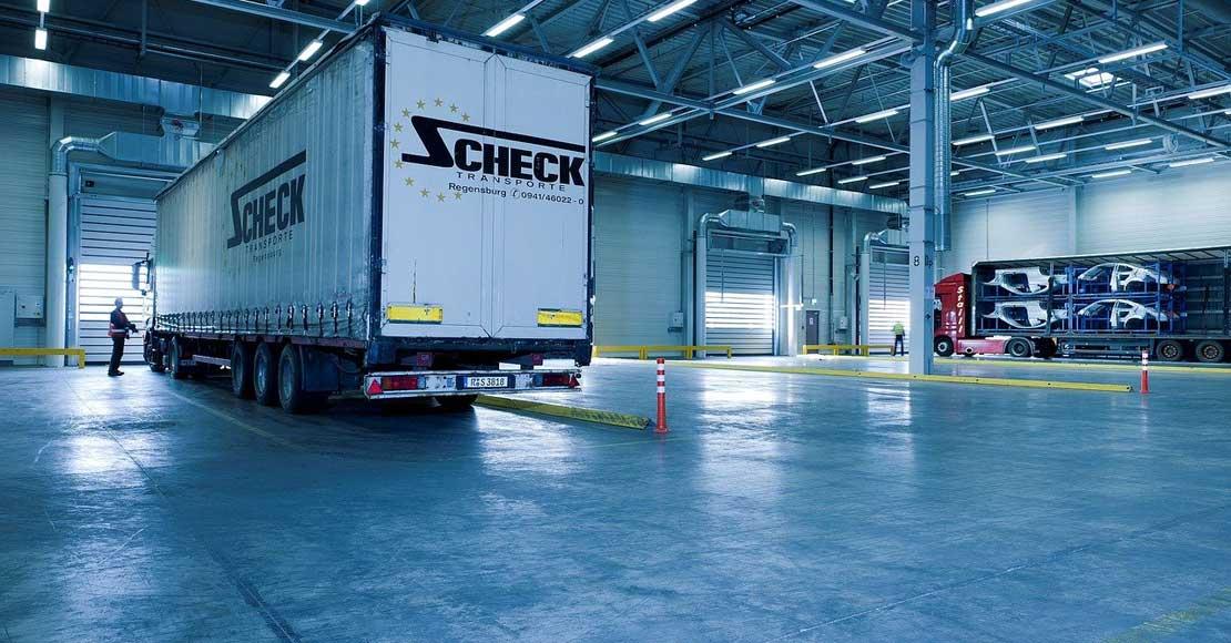 Rozwiązania BHP dla przemysłu – jak stworzyć bezpieczny zakład pracy?
