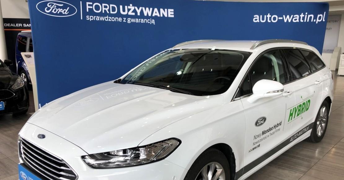 Wyprzedaże u dealerów mają pobudzić sprzedaż aut przed końcem grudnia. Mimo to w całym roku spadki przekroczą 20 proc.
