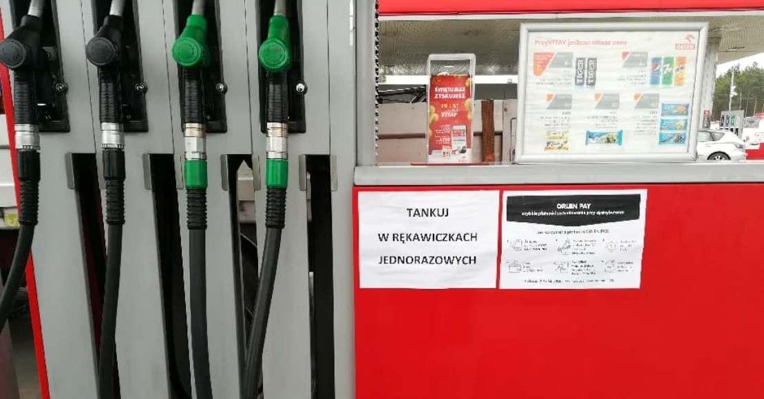 Przyszłoroczne ceny paliw zależeć będą od skuteczności walki z pandemią i polityki OPEC+ (film)