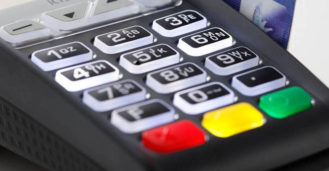 Opłaty w urzędzie? Teraz sprawnie i szybko zapłacisz je kartą lub telefonem