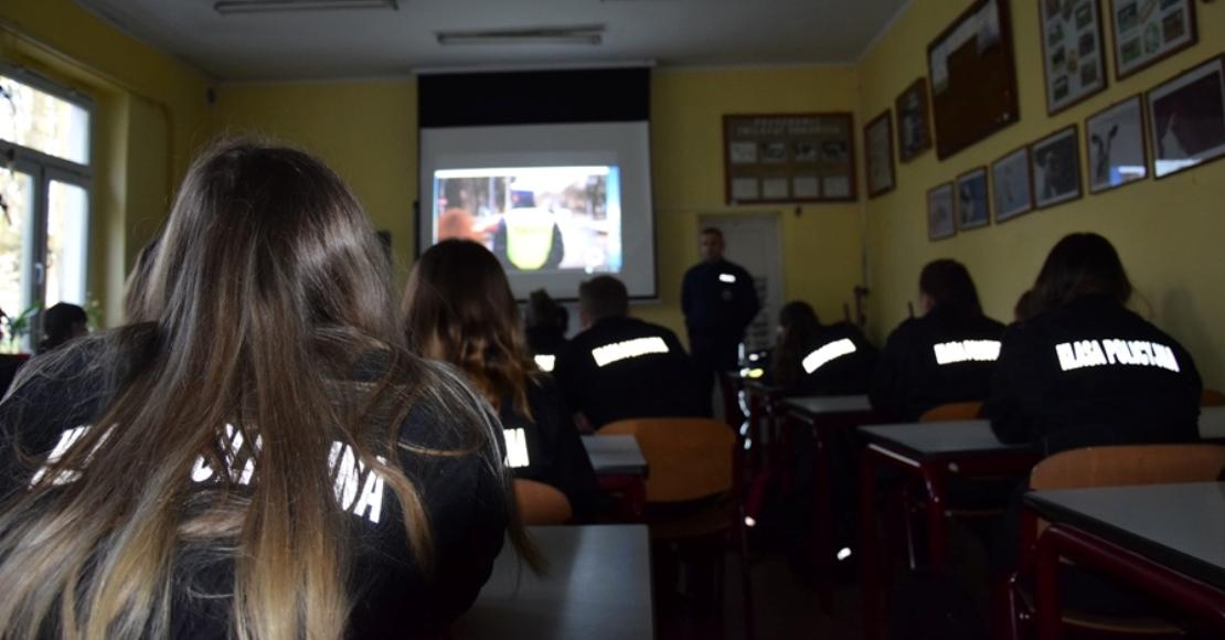 Zostań jednym z nas  - spotkanie z uczniami klas o profilu policyjnym