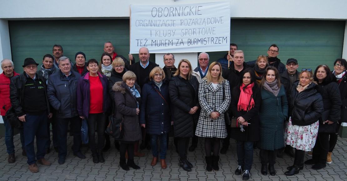 Obornickie organizacje pozarządowe i kluby sportowe wspierają burmistrza