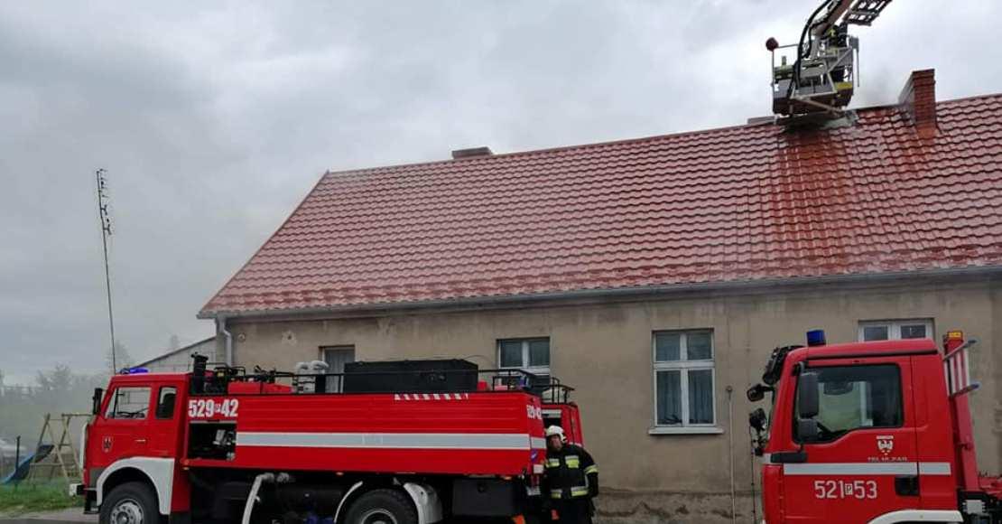 Pożar w Tłukawach bez ofiar. Są duże straty materialne (foto)