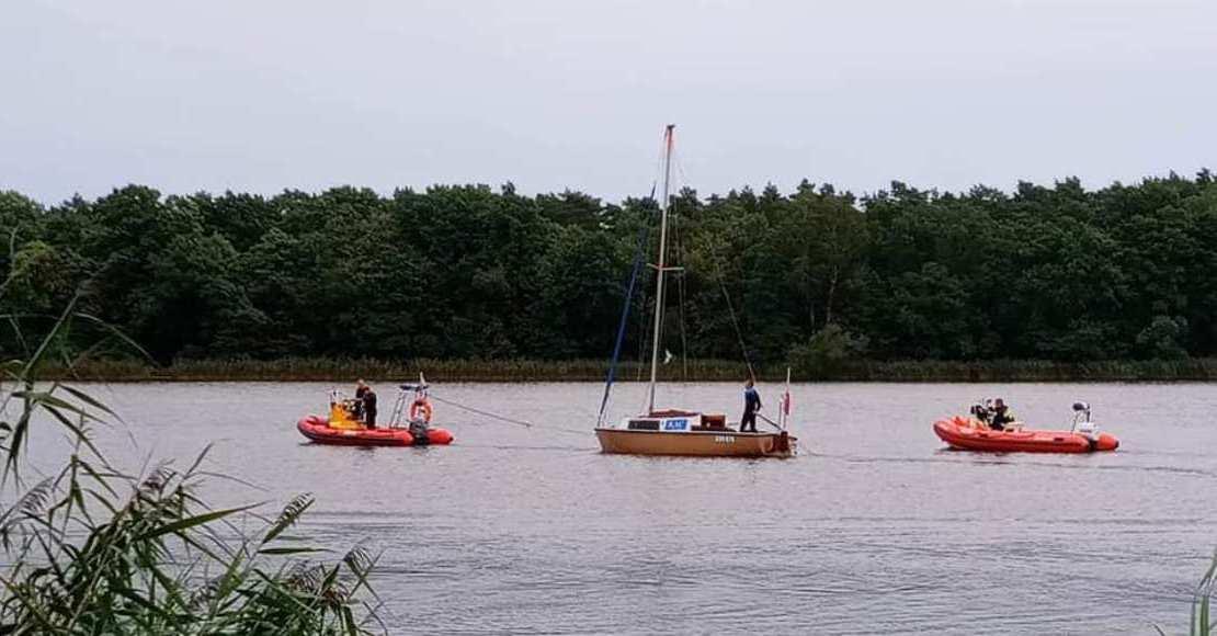 O krok od tragedii na jeziorze w Rogoźnie (foto)