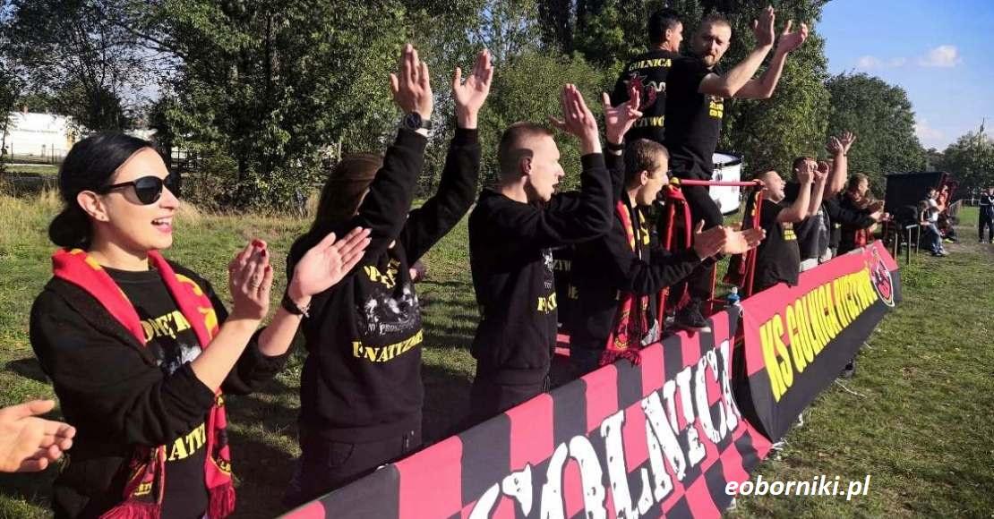 LKS Lipa gra o fotel lidera! Ważne mecze Rożnovii i Golnicy