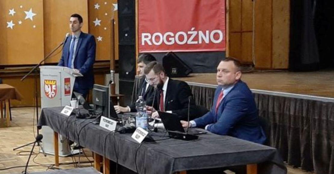 Harmonogram zdalnej sesji w Rogoźnie