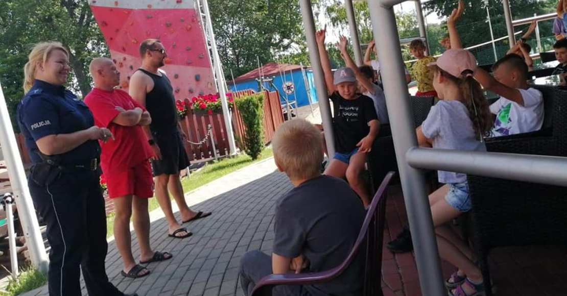 O bezpieczeństwie podczas wakacji letnich w Regionalnym Centrum Profilaktyki Uzależnień w Rogoźnie