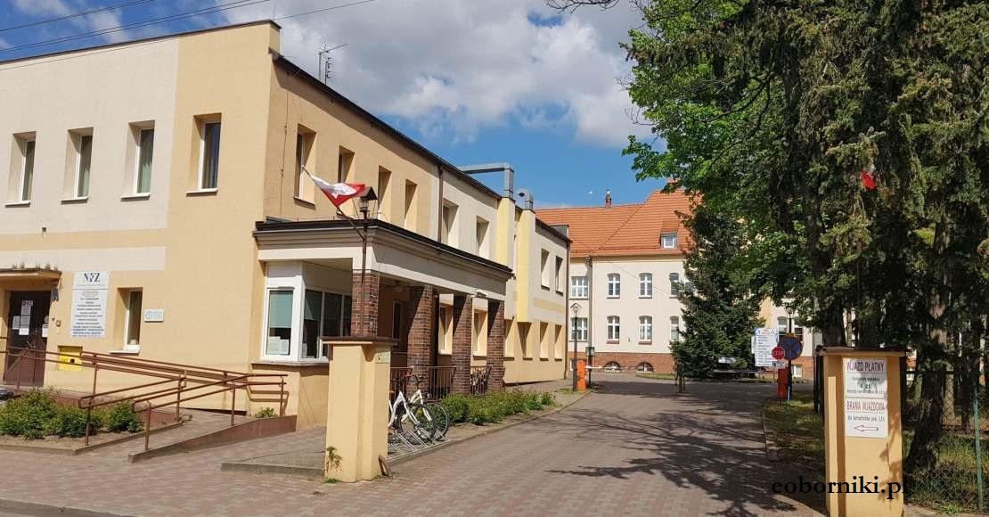 Wstrzymano przyjęcia pacjentów na 3 oddziałach w obornickim szpitalu