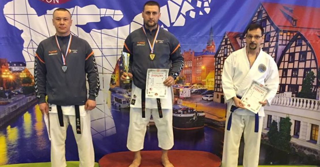 Pierwsze miejsce dla Pawła Barana w turnieju karate