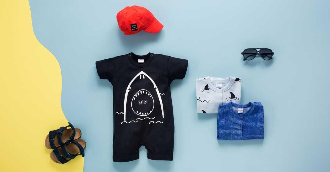 Rampersy dla niemowląt – doskonałe ubranko na lato
