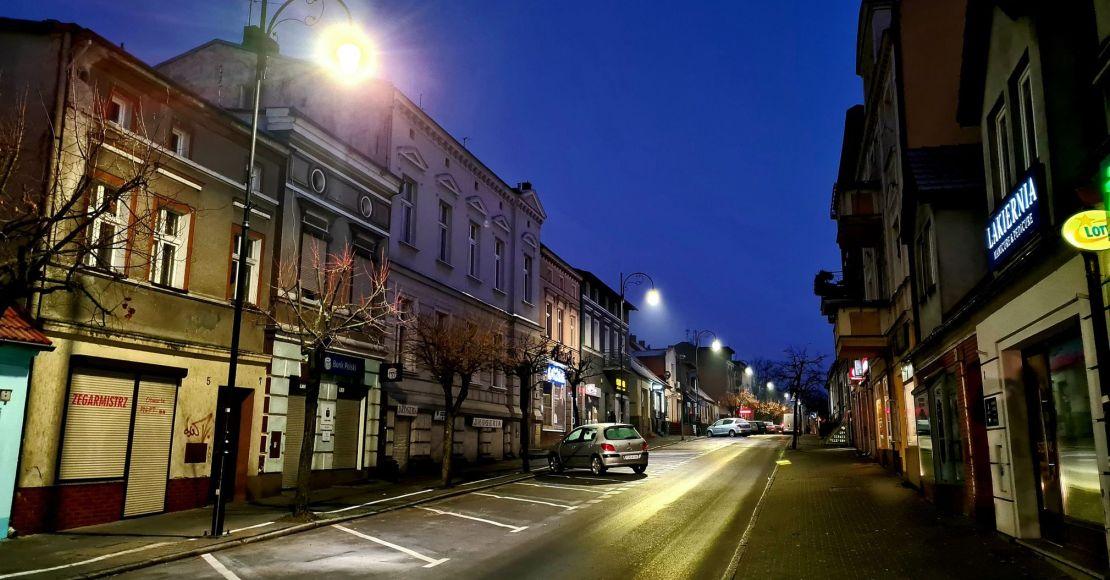 Wymienili lampy na ul. Piłsudskiego w Obornikach