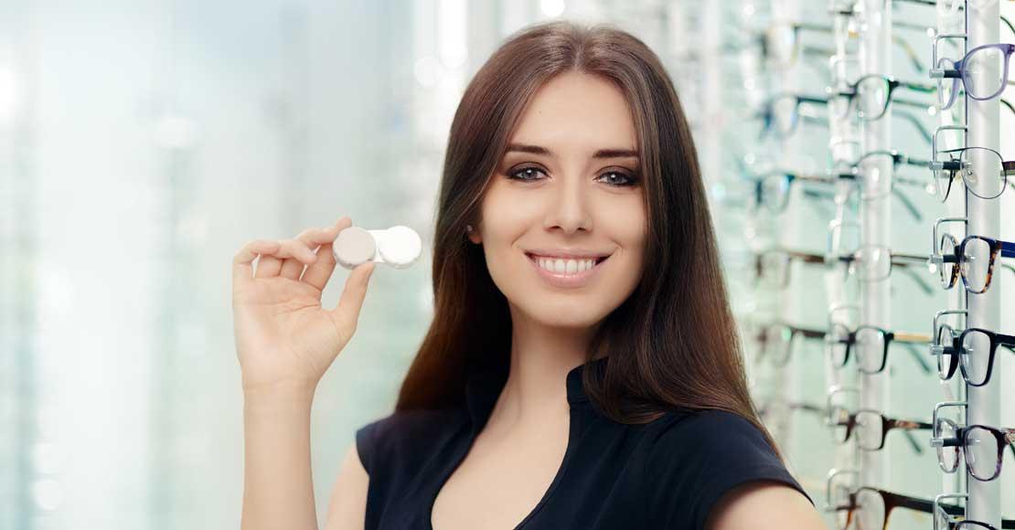Soczewki Alcon – topowe marki soczewek kontaktowych w promocyjnych cenach