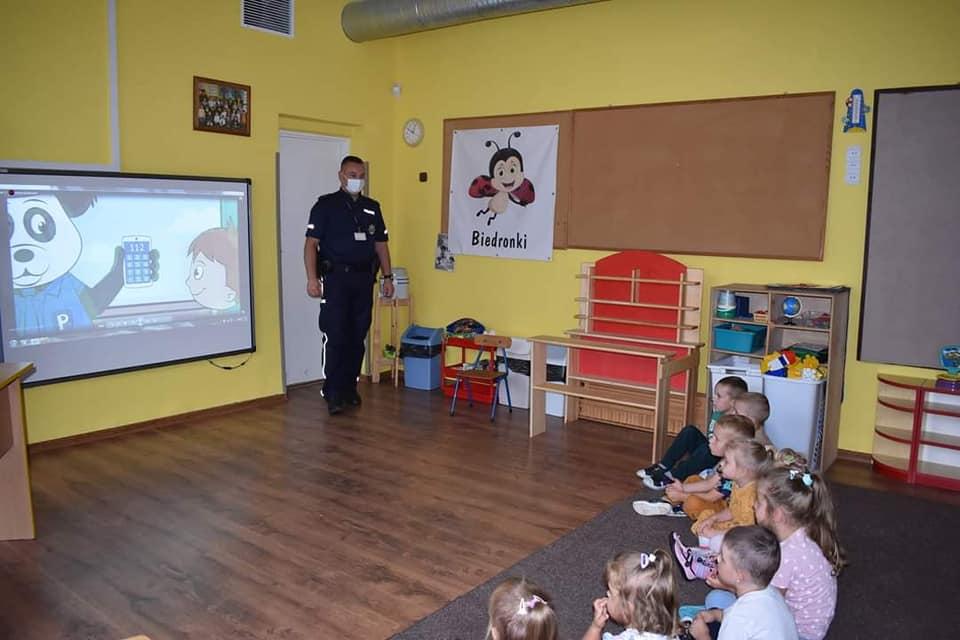 Z przedszkolakami o bezpiecznych wakacjach
