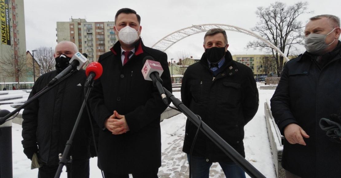 Poseł Krzysztof Paszyk o aborcji i wsparciu dla przedsiębiorców w przygotowaniu pozwów zbiorowych