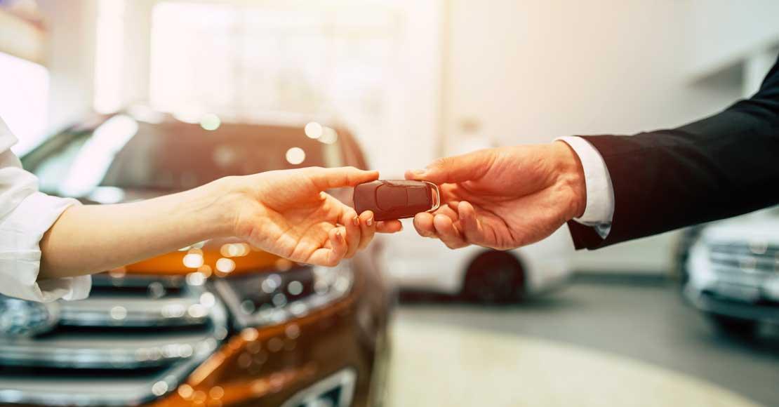 Jak sprzedać auto w dobrej cenie? Poznaj kilka sprawdzonych porad!