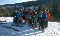 Młodzi szczypiorniści na półkolonii i obozie narciarskim.